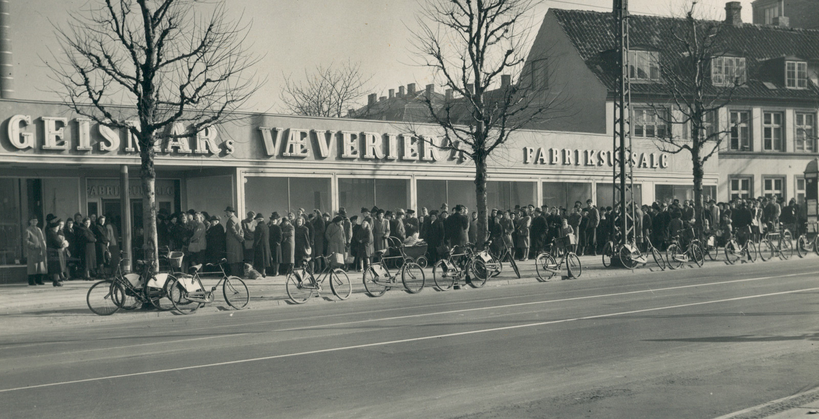 Photo: The shop at Peter Bangs Vej - Circa 1955